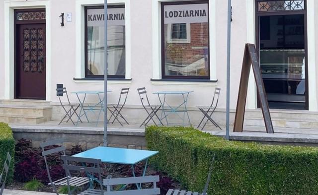 Iskrem Cafe znajduje się pod adresem Rynek 8.
