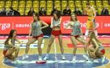 Piękne cheerleaderki wspierały koszykarzy Asseco Arki Gdynia w meczu z Legią Warszawa. Musicie je zobaczyć [zdjęcia]