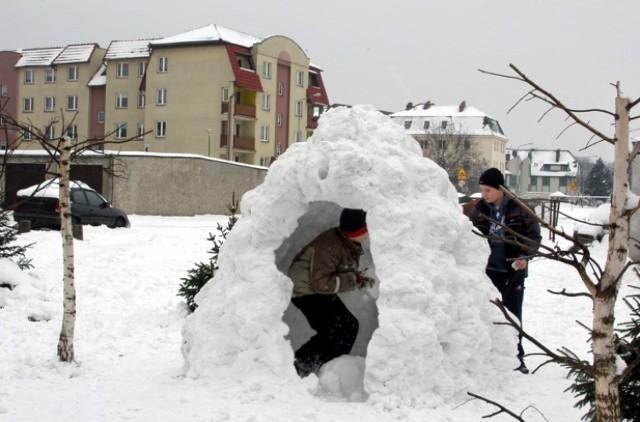 Zima i śnieg w Krośnie Odrzańskim w latach 2006-2012. Zdjęcia autorstwa Stanisława Straszkiewicza.