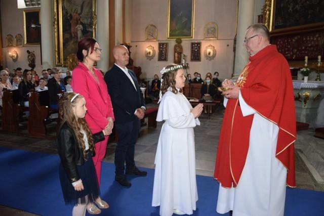 W Zbąszyniu do I komunii św. w tym roku, i przystępują dzieci w siedmiu grupach.