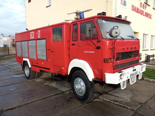 W Damasławku na sprzedaż wystawiono wóz bojowy straży pożarnej