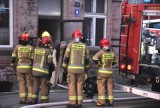 Malbork. Pożar w kamienicy przy ul. Orzeszkowej. Trzeba było ewakuować mieszkańców