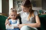Twoje dziecko to robi? Czym prędzej je tego oducz! Te nawyki u dzieci są szkodliwe dla ich zdrowia i rozwoju