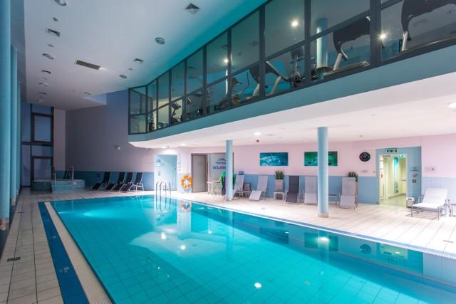 Najwyżej położony basen w Warszawie. Jak jest w ekskluzywnym RiverView Wellness Centre? [ZDJĘCIA]