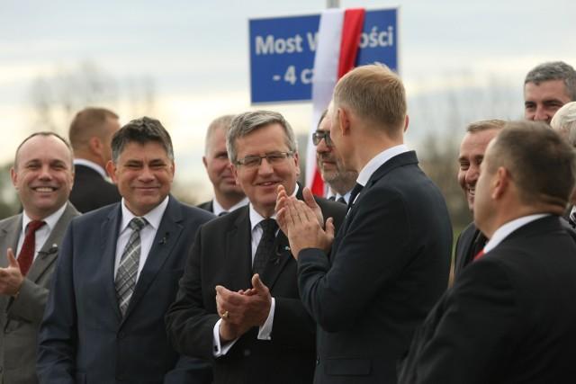 Most w Brzegu Dolnym otwarty przez prezydenta