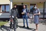 """""""Dziennik Bałtycki"""" rozdawał rowery w tramach akcji """"Pomóżmy dzieciom z Pomorza"""""""