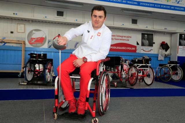 Adrian Castro rywalizował w Tokio w szermierce na wózkach