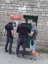 Policja rozbiła grupę przestępczą produkującą podrabiane artykuły do prania