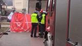 Wypadek w Katowicach. Śmiertelne potrącenie na os. Tysiąclecia. Cofał na chodniku i potrącił pieszą