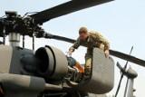 Ćwiczenia NATO. Black Hawki na lądowisku w Świętoszowie. [ZDJĘCIA]