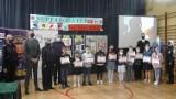 """""""Superbohater w Mundurze"""". Dzieciaki z kieleckich szkół podstawowych zostały nagrodzone przez policję (ZDJĘCIA)"""