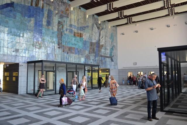 Remont dworca w Gliwicach: hala główna otwarta dla podróżnych