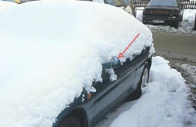 Karanie kierowców upomnieniami za parkowanie nieodśnieżonych aut ...