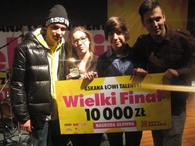 Zespół Two of Us zdobył od Askany 10 tys. zł