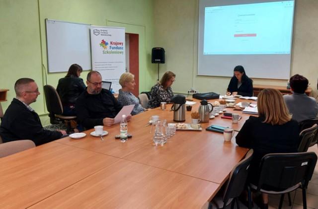Spotkanie ekspertów w Powiatowym Urzędzie Pracy w Brzegu.