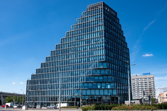 19 listopada 2020 roku jury ogłosiło wyniki IX edycji konkursu Życie w Architekturze, organizowanego przez wydawnictwo Architektura-murator. W kategorii budynek komercyjny wygrał poznański Bałtyk