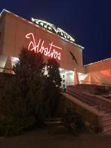Neon Albatrosu - najstarszej restauracji w Augustowie wpisany do rejestru zabytków