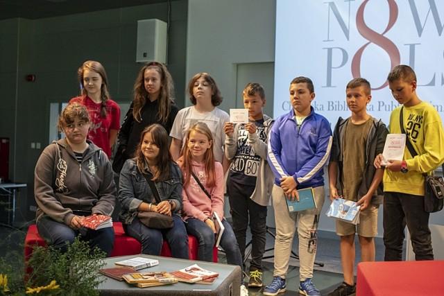 Narodowe Czytanie w  Chełmskiej Bibliotece Publicznej. Zobacz zdjęcia