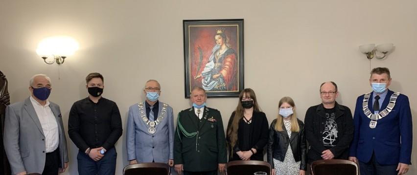 Dziewięcioro wspaniałych – nagrody burmistrza Bytowa w dziedzinie twórczości artystycznej, upowszechniania i ochrony kultury