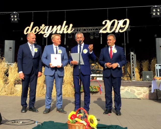 W Ciechocinku w 2019 roku honor gospodarza tegorocznych dożynek przyjęli włodarze ziemi tucholskiej. Zapraszają do Tucholi 30 sierpnia