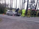 Wypadek na trasie Opole-Prudnik. Na drodze wojewódzkiej nr 414 pomiędzy Ligotą Prószkowską i Smolarnią zderzyły się dwa auta osobowe