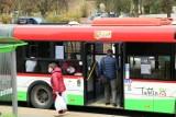 """24 grudnia dla wielu dniem wolnym do pracy. """"Świąteczne"""" zmiany w rozkładach jazdy autobusów"""