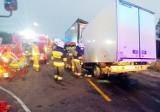 Tragiczny wypadek na DK1. Kabina zmiażdżona, 32-latek nie żyje. Trasa była zablokowana