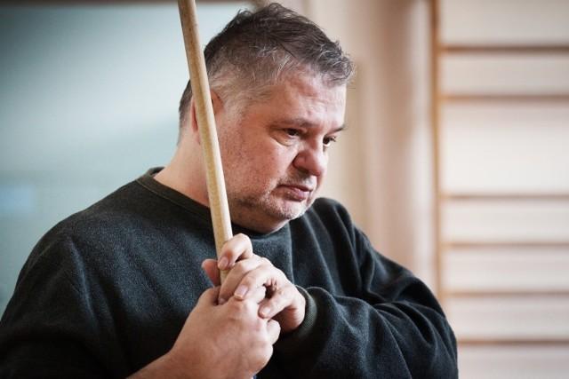 """Rola w filmie """"Prawdziwie życie aniołów"""" to pierwszy występ filmowy Krzysztofa Globisza, od czasu kiedy doznał udaru mózgu w 2014 roku"""