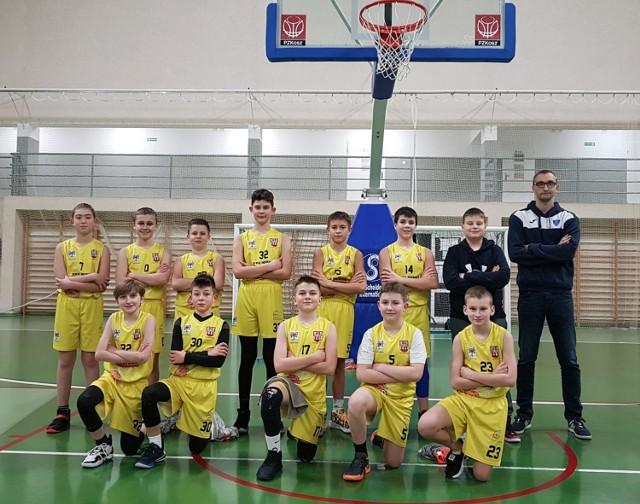 Był to udany tydzień dla koszykarskich drużyn z naszego powiatu Koniecznie przeczytajcie relację z młodzieżowych starć!