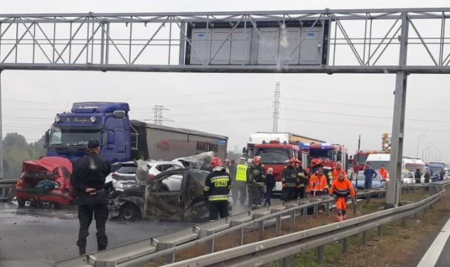 Zderzenie na autostradzie A4 w Gliwicach nastąpiło w okolicy punktu poboru opłat