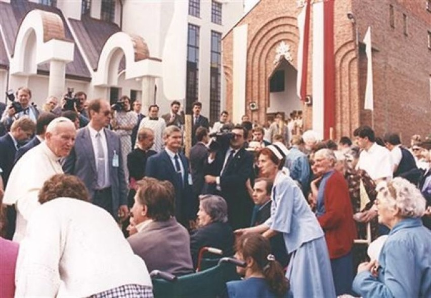 15. Rocznica śmierci Jana Pawła II. Jakim go pamiętamy? [ZDJĘCIA]