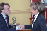 Dyrektorka ZSUG w Pleszewie otrzymała statuetkę Hipolita Cegielskiego