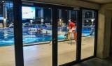 Bydgoskie baseny okupowane przez szkółki i akademie. Mieszkańcy płacą na baseny, a nie mogą z nich korzystać