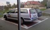 """Kraków: mistrz parkowania na """"kopercie"""" [ZDJĘCIE]"""