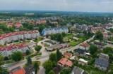 Szukasz działki pod Wrocławiem? Te gminy sprzedają je w dobrej cenie. Zobacz!