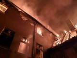 Groźny pożar kamienicy przy ul. Słowackiego w Żaganiu! Zobaczcie zdjęcia!