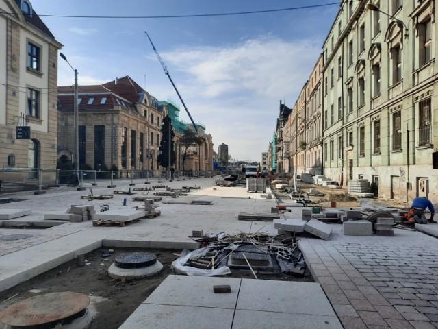 Przebudowa Dworcowej w Katowicach. Ulica zmienia się w deptak