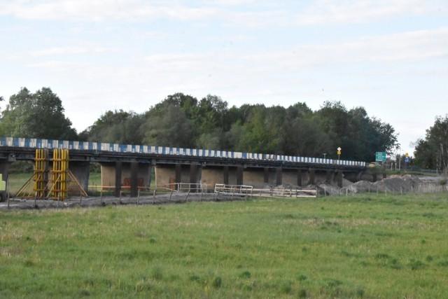 Śrem: budowa kładki rowerowej trwa, remont mostu im. mjr S. Chosłowskiego pod znakiem zapytania
