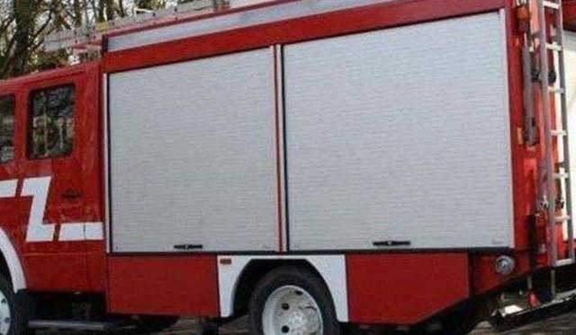 W autobusie paliła się komora silnika. Kierowca dojechał do straży.