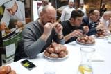 Mistrzostwa Krakowa w jedzeniu pączków na czas. Znamy wyniki