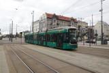 Dwa fińskie tramwaje z odzysku przyjechały na testy. Jeden już się zepsuł. Czy łodzianie będą jeździli zielonymi składami?