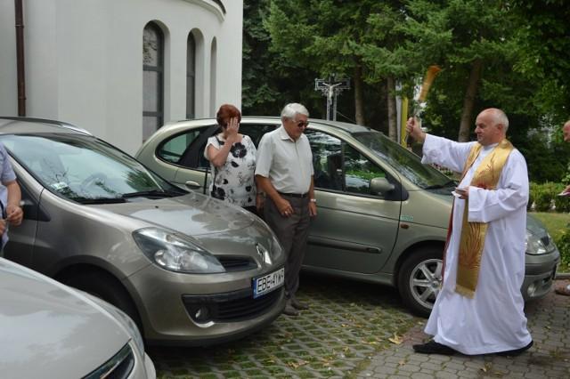 Święcenie pojazdów w Bełchatowie na Św. Krzysztofa, 25 lipca 2021. Były auta, rowery, motocykle i wózki