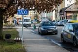 Taksówkarze w Bydgoszczy nie mają już kogo przewozić. Ich obroty spadły o około 60 procent