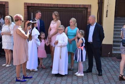 Września: Dziś Sakrament I  Komunii Świętej przyjmują dzieci z Parafii pw św. Kazimierza Królewicza