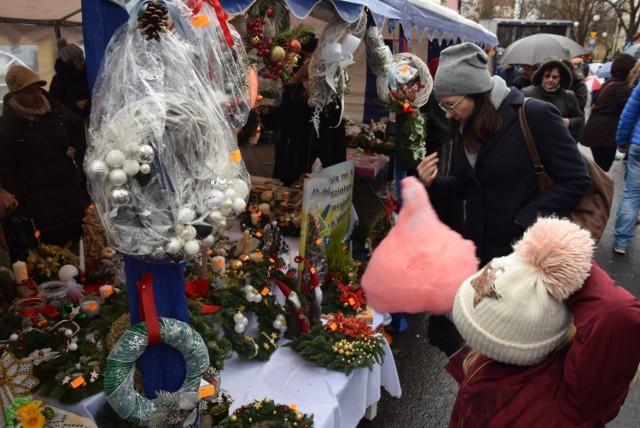 Będzie świąteczny kiermasz na Placu Legionów w Wieluniu?