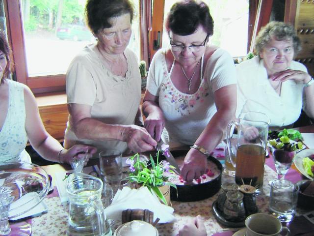 Potrawy przygotowywały doświadczone gospodynie