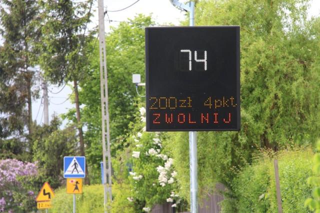 Powiat gdański. Przy drogach powiatowych stanie więcej radarowych wyświetlaczy prędkości