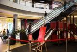 Od soboty otwarte są centra handlowe i sklepy meblowe. Jakie obowiązują teraz zasady na zakupach?