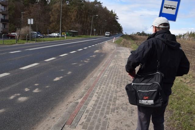 Ulica Pilska z nową lokalizacją przystanku autobusowego