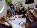 W Zespole Szkół nr 1 w Wieluniu zorganizowano warsztaty przedsiębiorczości ZDJĘCIA